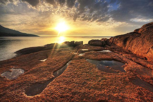 Sunset at Honeymoon Bay, Freycinet Peninsula